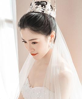 10月18日客片张先生 何小姐