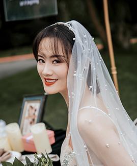 赵先生  李小姐