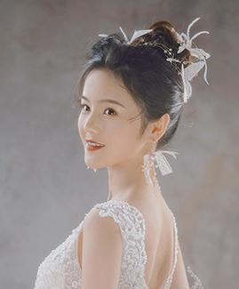 王先生 赵小姐