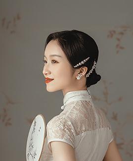 黃先生 鄒小姐