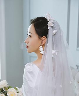 王先生 李小姐