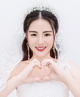 4月13日客片何先生 吴小姐