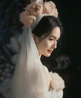 卢先生 尹小姐