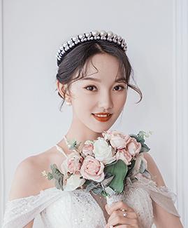 余先生 王小姐