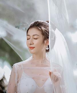 王先生 罗小姐