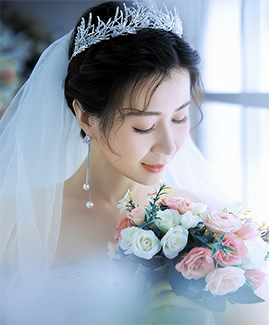 4月20日客片谢先生 吴小姐